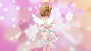 ときめきアイドル天使の羽根とわっか みさきさん後ろ姿